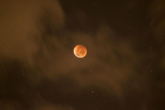 Eclipse de Luna, cómo afecta y qué hacer